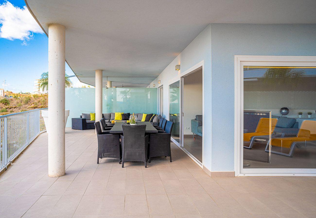 Apartment in Benalmadena - South Beach Higueron - Luxury apartment near Malaga