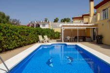 Villa in Caleta de velez - 384 Samara