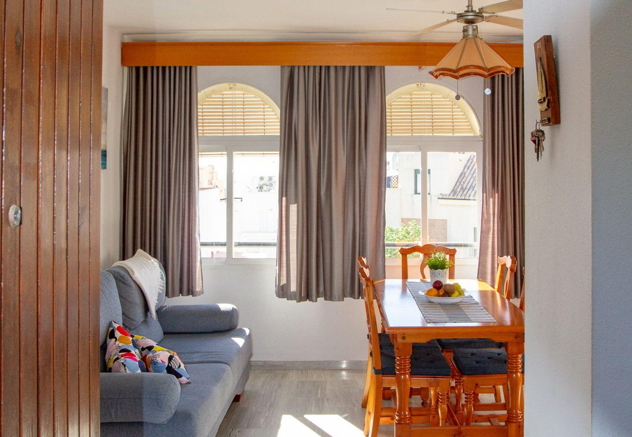 Apartment in Torremolinos - Silvia - Rooftop terrace, sea view, beach apartment, perfect location