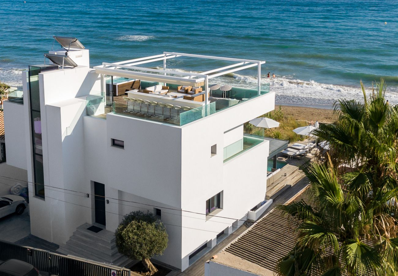 Villa in Marbella - Costabella Marbella - Unique Luxury Beach Villa