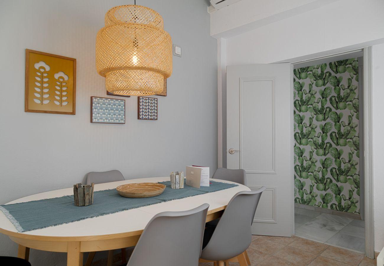 Apartment in Málaga - Tribuna - Atico Cervantes
