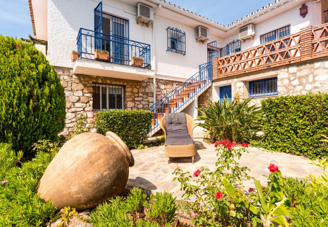 Villa in Mijas Costa - Villa Paraisos, Mijas - Charming Andalucian villa, private pool
