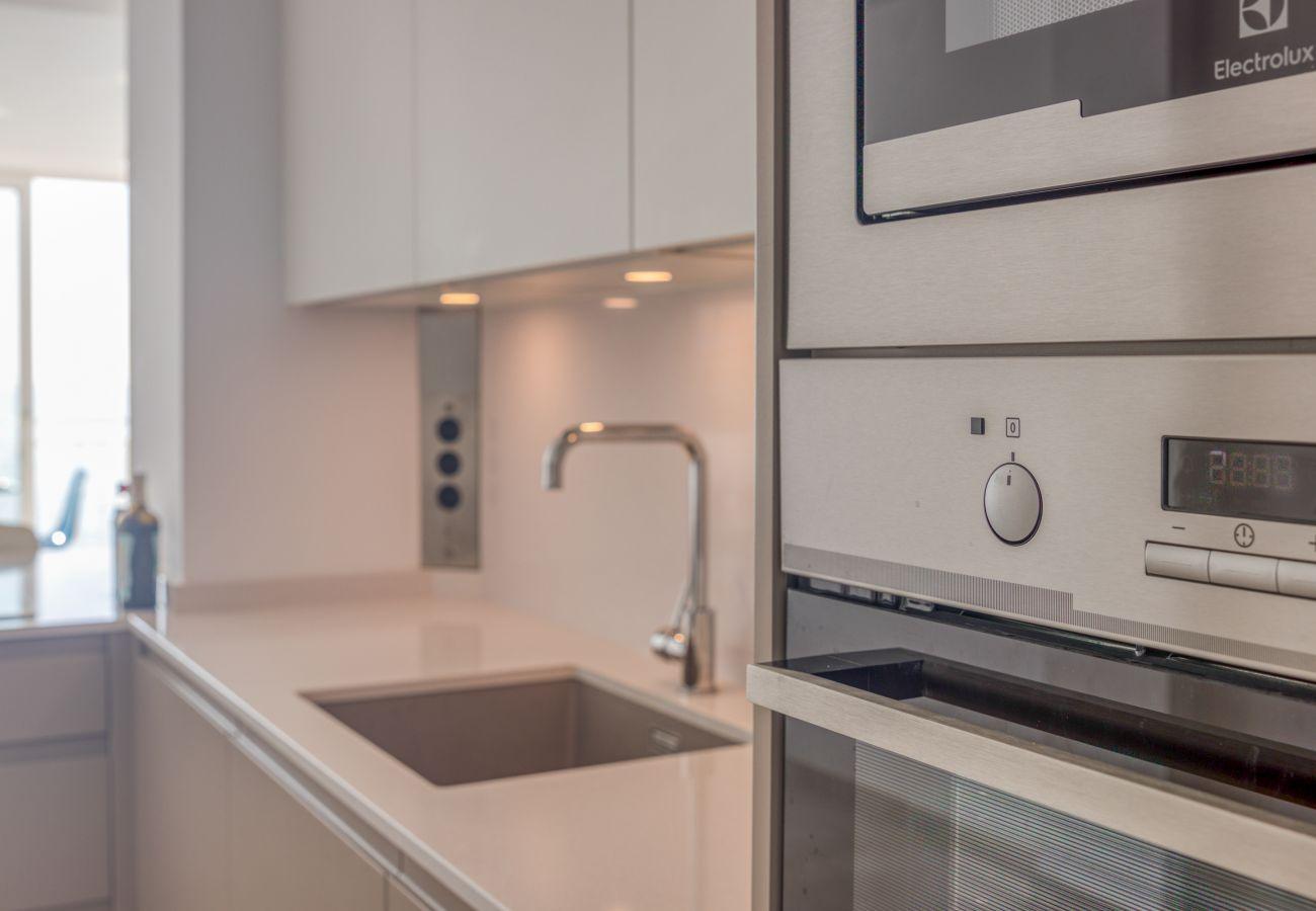 Apartment in Benalmadena - Maite Beach Apartment, Benalmadena - Perfect location, Sea View