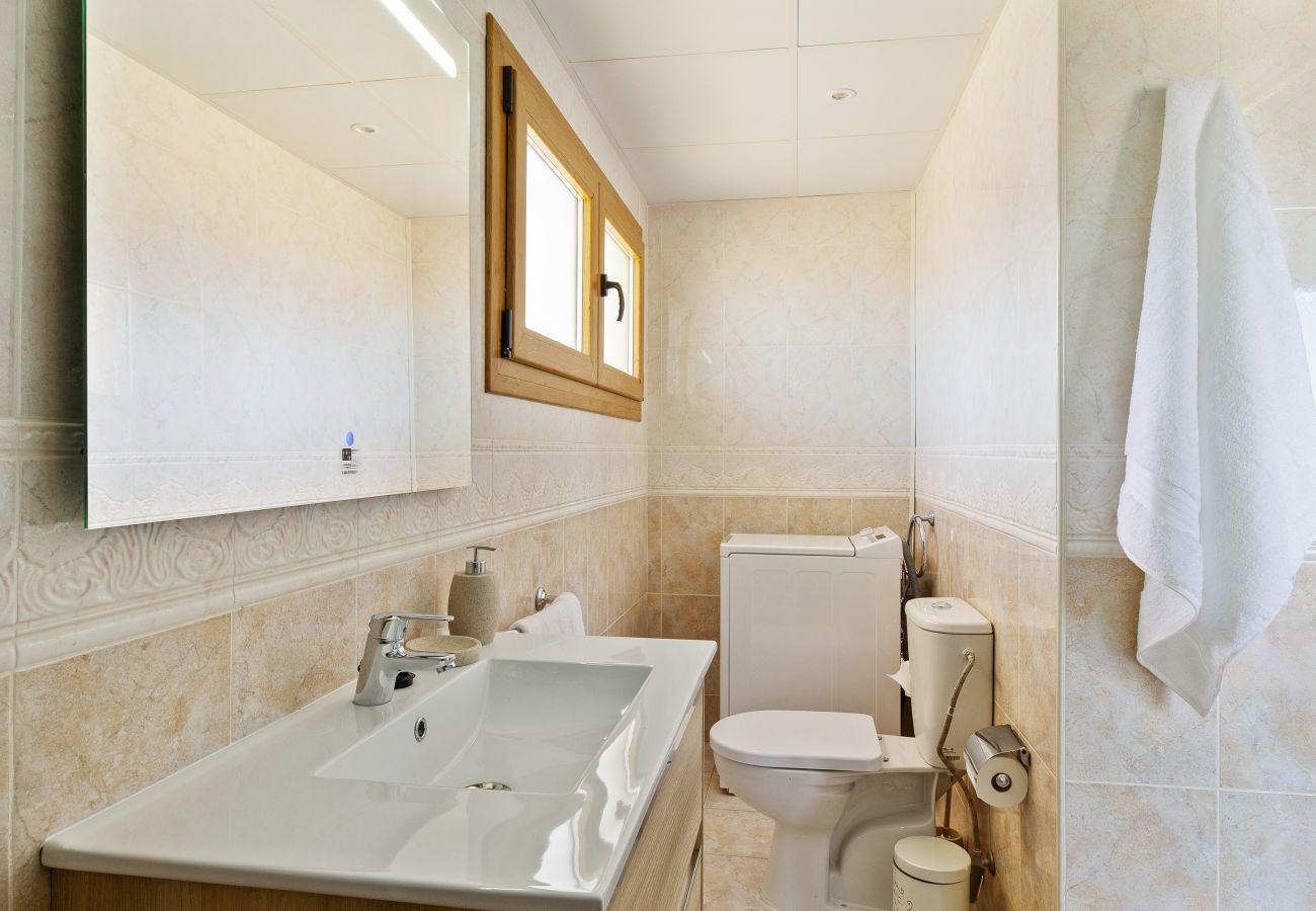 Apartment in Fuengirola - Fuengirola Beach - Exclusive 1st Line Beach Apartment