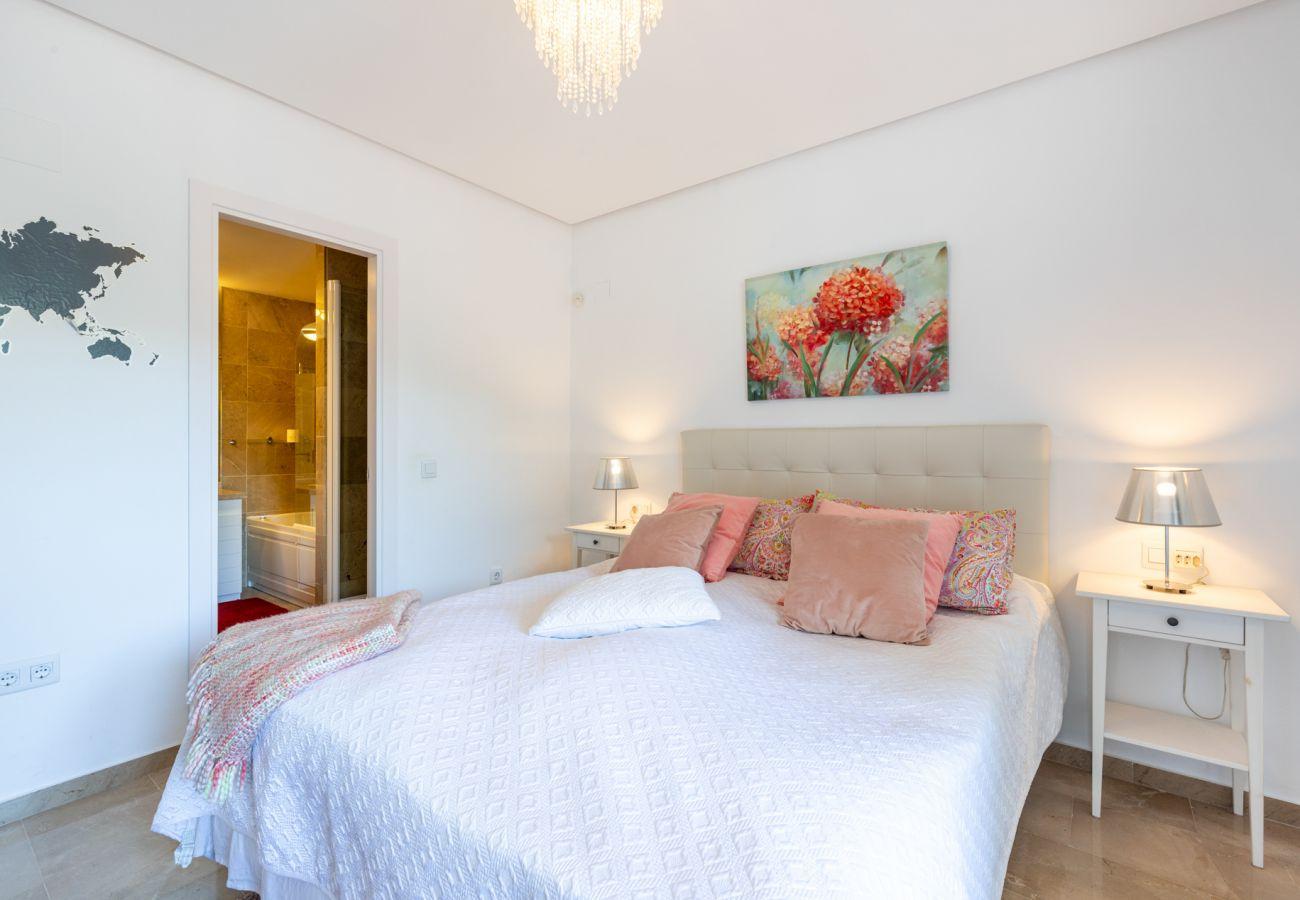 Apartment in Benalmadena - Torrequebrada Golf Resort, Benalmadena
