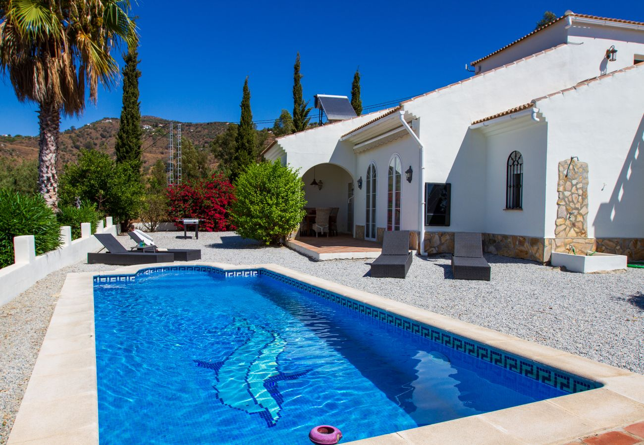 Villa in Algarrobo - Casa el Mirador - Authentic Spanish Country House