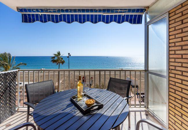 in Fuengirola - Maritimo Fuengirola - Beach apartment first line
